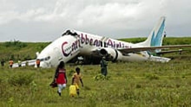 220-guyana-crash-01057905