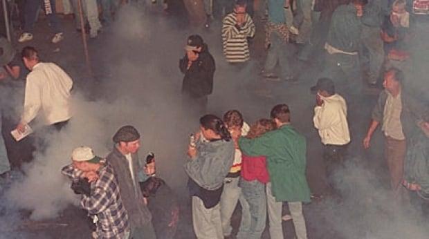 vcr-riot-1994