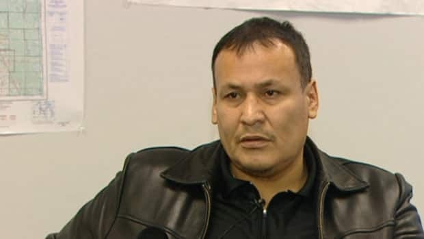 Chief Adrian Sinclair set up a company to supply 150 mobile homes for a relocation of flooded-out residents of Lake St. Martin First Nation but failed to get the contract from the province.