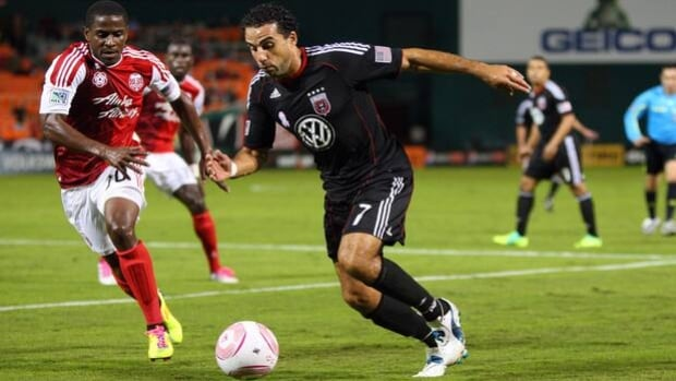 Dwayne De Rosario of D.C. United (7) won the Budweiser Golden Boot as leading scorer in MLS with 16 goals and 12 assists.