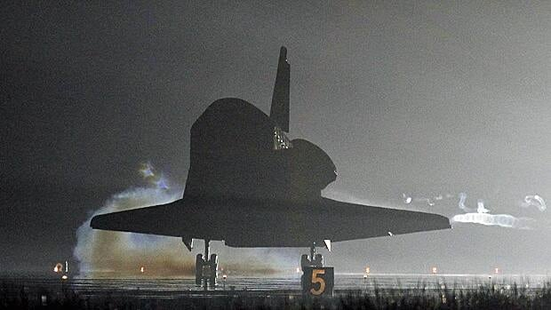 The space shuttle Endeavour touches down after completing its final flight at the Kennedy Space Center in Cape Canaveral, Fla., June 1, 2011.