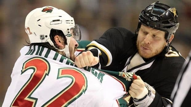 The Stars' Steve Ott, right, delivers extra fantasy value with his fists, but is that the right way to set up your league?