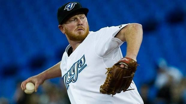 Toronto Blue Jays starting pitcher Jesse Litsch has signed a one-year contract to keep him with the team through 2012.