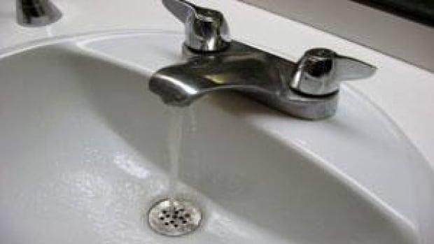 mi-water-faucet