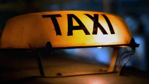 Taxi driver added $15 'moving fee' to family's fare, passenger says | CBC News