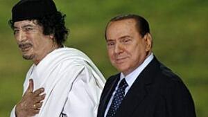 mi-gadhafi-berlusconi-320-r