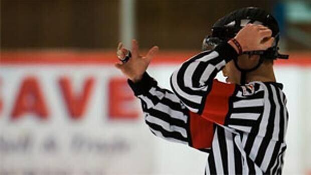 li620-referee-090305-cbc
