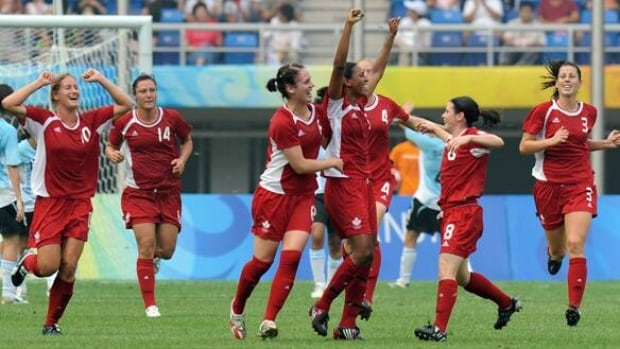 584-womens-soccer