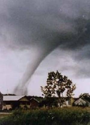 si-tornado-sask220