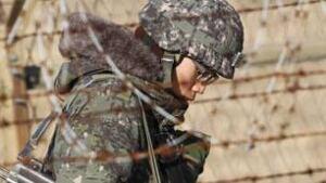 mi-koreas-soldiers-cp-rtr2v