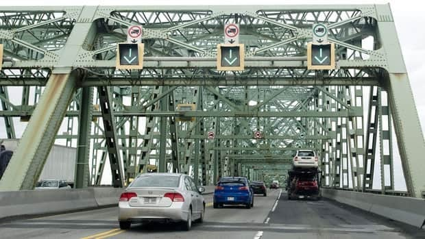Champlain Bridge is one of the busiest bridges in Canada, and a major artery connecting Montreal to the South Shore.