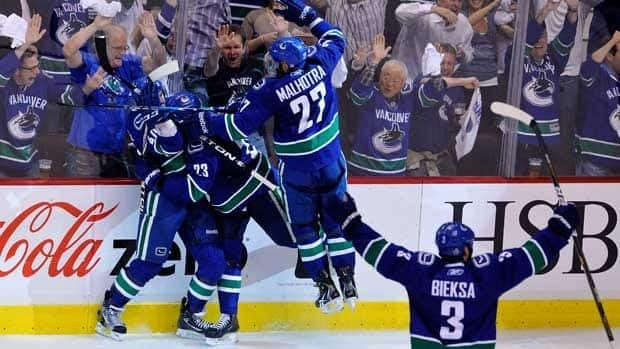 The Canucks and their fans celebrated Maxim Lapierre's goal early in the third period, which sent Vancouver to a 1-0 win in Game 5.