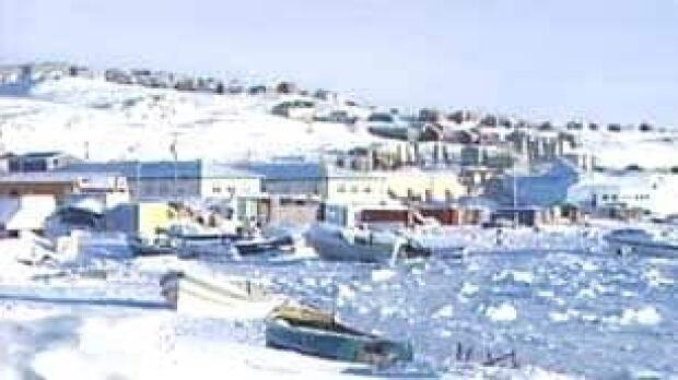 tp-iqaluit100203