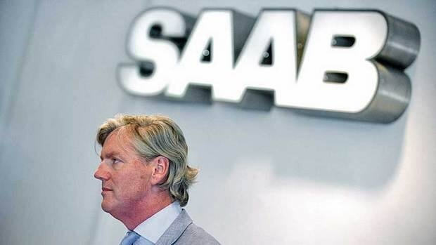 Saab chief executive Victor Muller is ending a two-year attempt to save the money-losing, 60-year-old company.