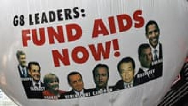 si-aids-hiv-funding-220-cp-