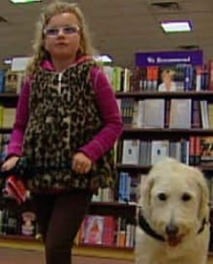 si-emily-ainsworth-service-dog