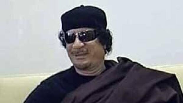 mi-gadhafi-chess-300