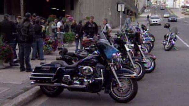 li-stjohns-bikers-460
