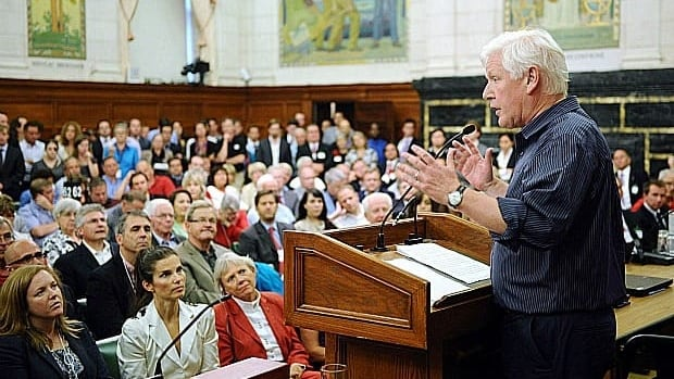 Liberal Leader Bob Rae delivers his speech at the Liberal Summer Caucus on Parliament Hill on Monday.
