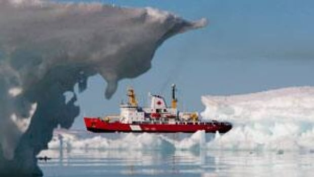 The Canadian Coast Guard's medium icebreaker Henry Larsen is seen in Allen Bay near Resolute in August 2010. Russia has pledged to buy new icebreakers and establish 10 search and rescue centres along its Northern Sea Route. (Sean Kilpatrick/Canadian Press)