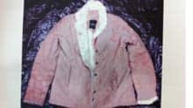 mi-bc-111103-taylor-van-diest-jacket