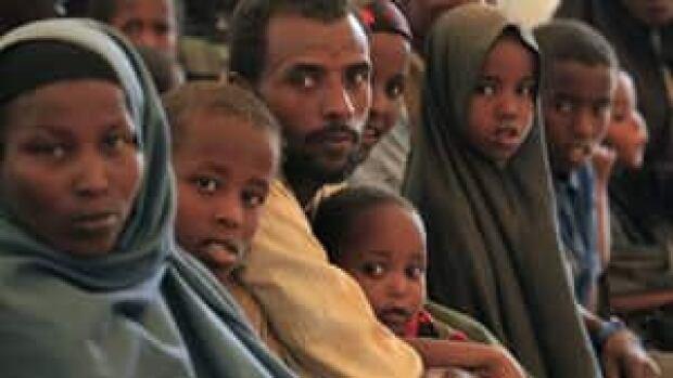 mi-300-somalia-dabaab-cp-00