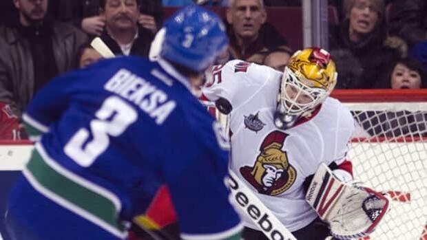 The Ottawa Senators host the Vancouver Canucks on CBC's Hockey Night In Canada in Punjabi.