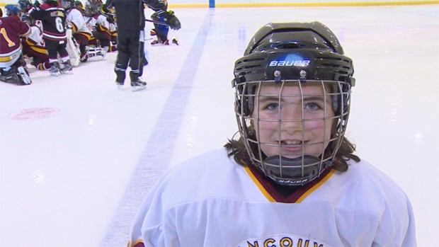 Are girls getting less ice time than boys in B.C. hockey leagues?