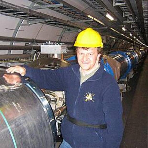 richard-teuscher-lhc-tunnel-during-construction-300px