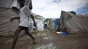 w-haiti-tents-cp-9707007