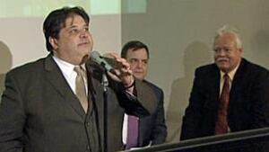 tp-wdr-jim-shaban-podium