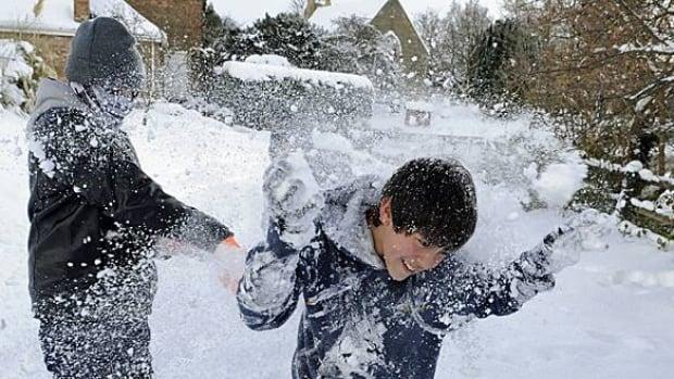 w-winter-britain-rtxvbbz