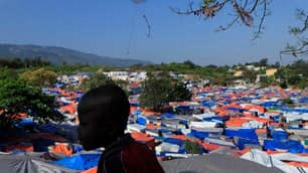 tp-haiti-tents-8398190_