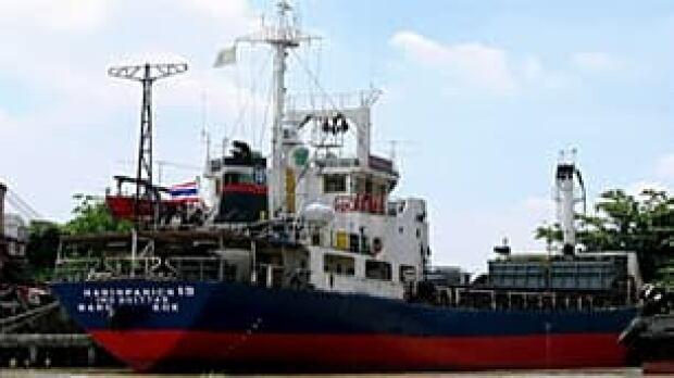 bc-100716-tamil-ship