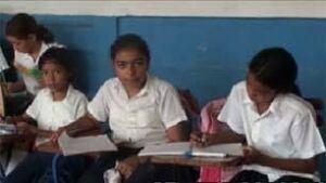 ottawa-100331-nicaraguan-schoolkids