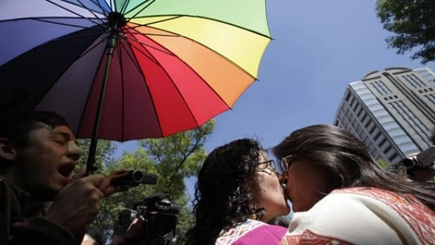 mexico-gay-marriage-8254017