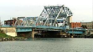 bc-100108-johnson-st-bridge