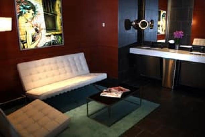 Cactus Club claims best restroom award   CBC News
