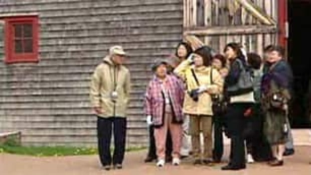 pei-japanese-tourists