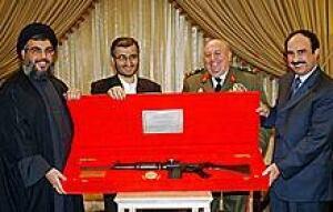 leb-nasrallah-khalil-rifle-