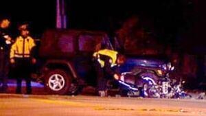 bc-081028-police-crash-scene1