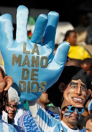 maradona-mask-cp-r-8851228
