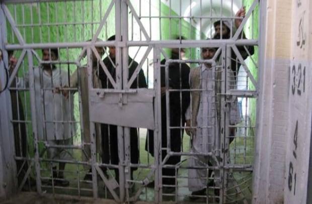 how to make staff go on break prison architect