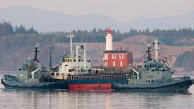 bc-100813-tamil-ship-escort-cp-9202777