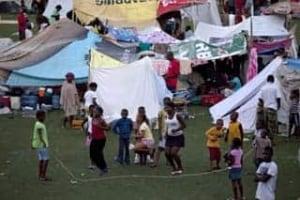 haiti-refugee-tents-cp-7948616