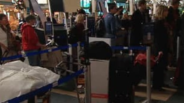 bc-091227-airport-delays