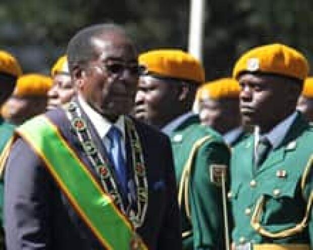 zimbabwe-mugabe220x176