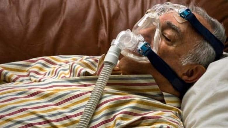 Sleep apnea implants for tongue to be tested | CBC News