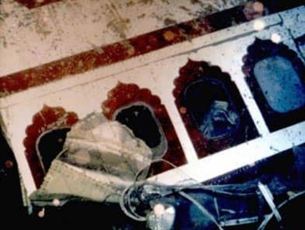 airindia182-wreckage-ap