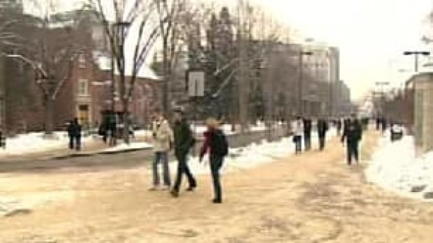 tp-edm-university-students-winter